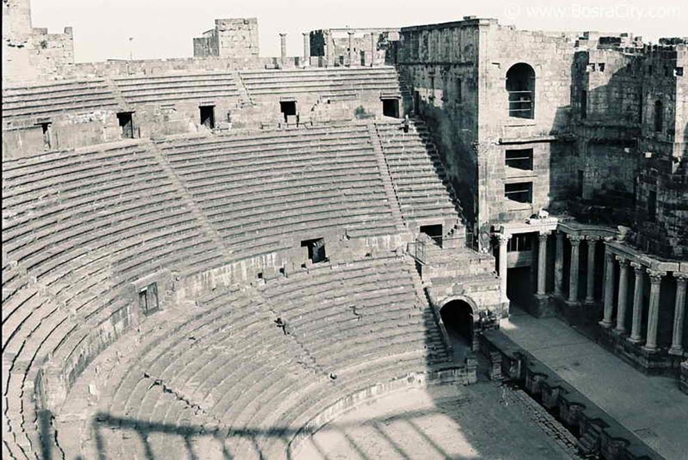 المسرح الروماني من القرن الثاني الميلادي