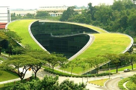 نموذج مبنى في العمارة الخضراء