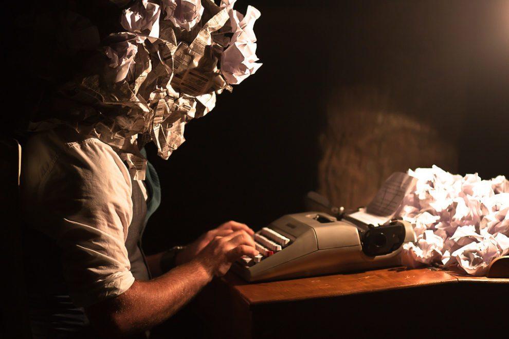 التوقف عن الكتابة وعرقلتها