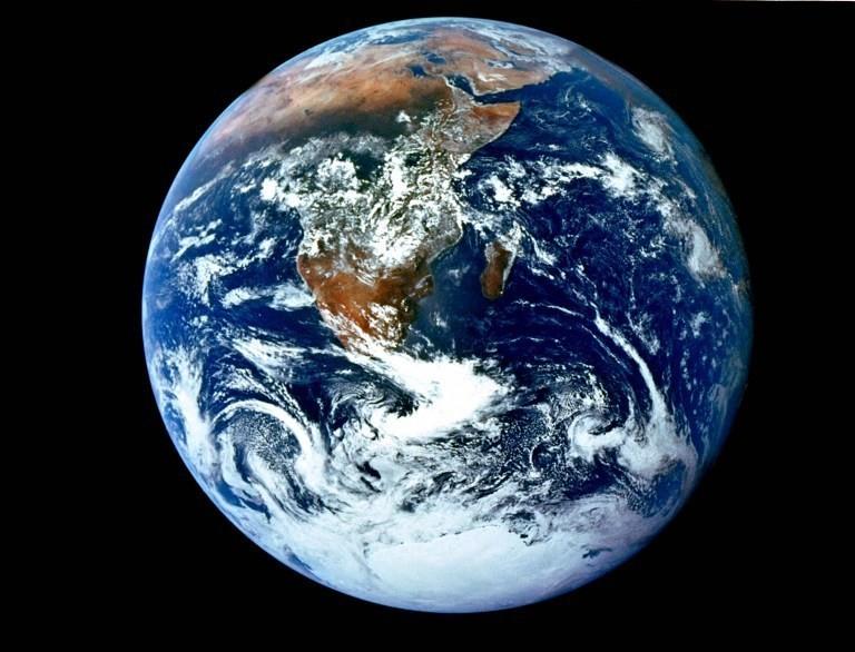 نموذج الأرض الكروية