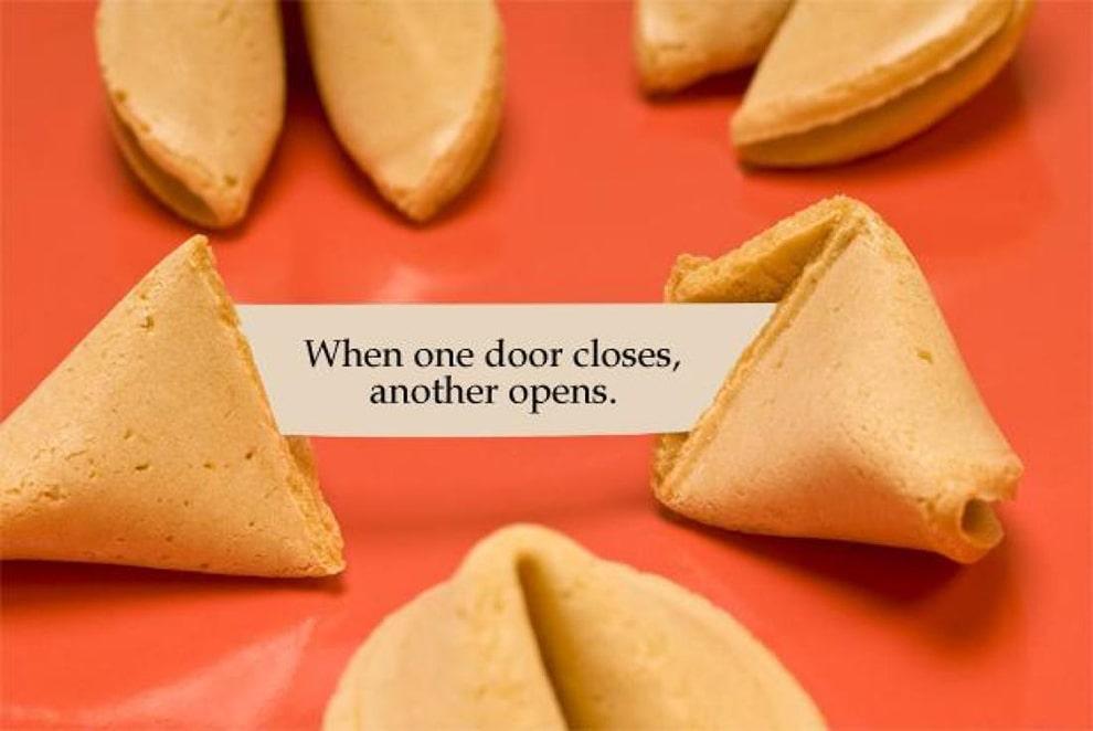 كعكة الحظ Fortune cookies