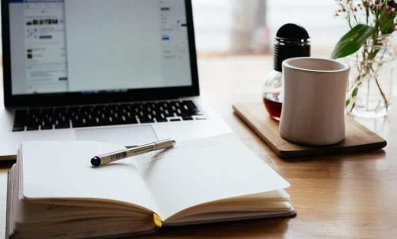 nick morrison 325805 1 e1507766316346 min 1 scaled 780x470 - كيف تكتب قصة قصيرة؟